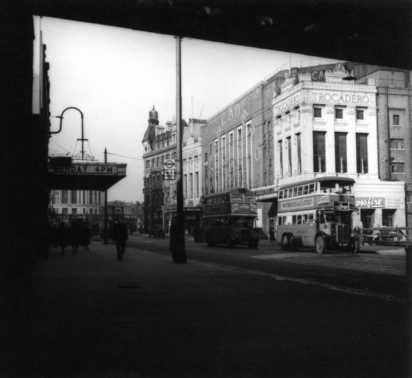 The Trocadero super cinema, New Kent Road, at the Elephant and Castle, London. Date: 1947
