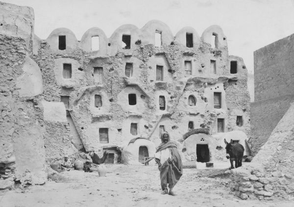 Houses in south eastern Tunisia, North Africa. Date: 1930s