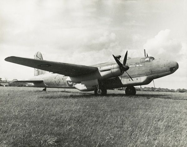Vickers Warwick at Luton powered by twin Sabre VI engines Date