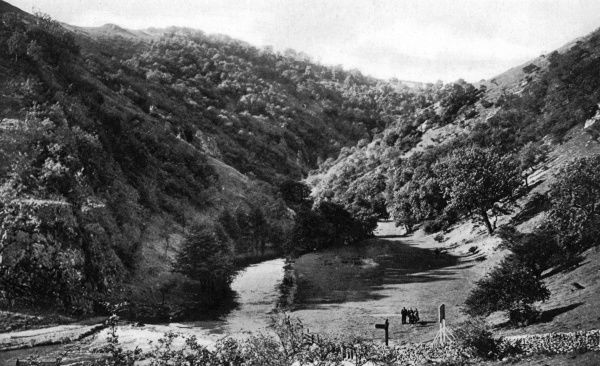 View of Dovedale, in the Derbyshire Peak District, from Thorpe Cloud. Date: circa 1920