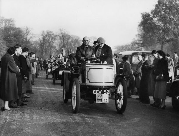Scene at the Veteran Car Rally, an annual event which takes place at Hyde Park, London, England. Date: 1950s