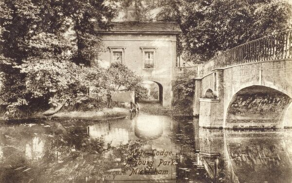 Norbury Park, Mickleham on the River Mole, Surrey - Weir Lodge Date: circa 1906