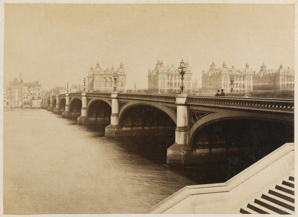 Westminster Bridge with St. Thomas' Hospital in the distance
