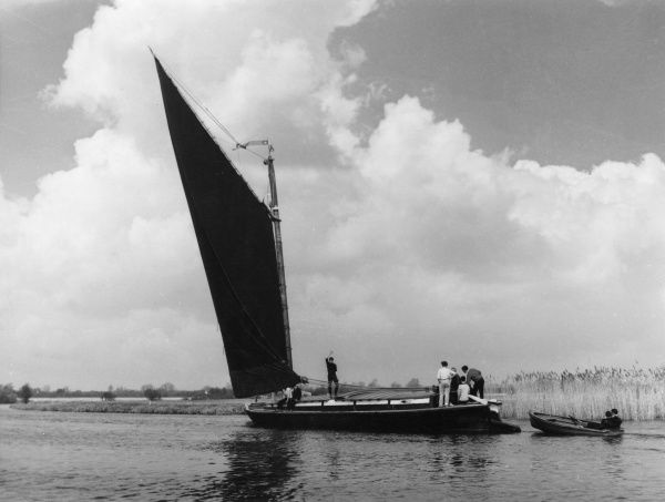 The sailing wherry 'Albion', on the River Yare, Norfolk, England, one of the last wherries used for trading on the Norfolk Broads. Date: 1960s
