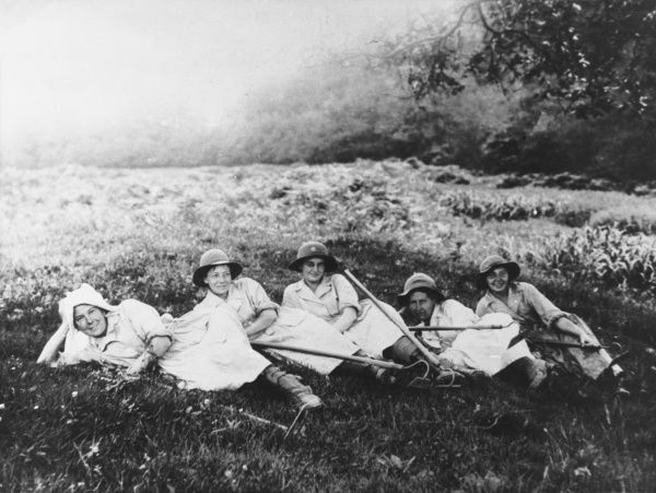 Women's Land Service Army in Cornwall during World War I
