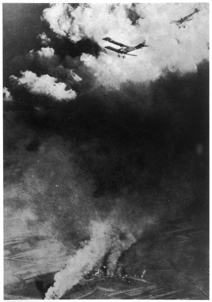 A dogfight between Russian and German aircraft. One of the earliest pictures of air warfare