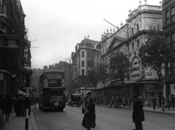 Wyndham's Theatre on Charing Cross Road, in London's West End. It is showing You Never Can Tell starring James Donald. Date: 1948