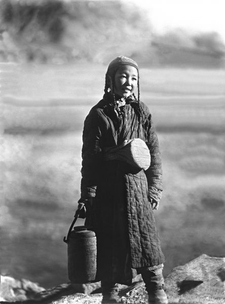 Young indigenous Uyghur girl of Kashgar. Photograph by Ralph Ponsonby Watts