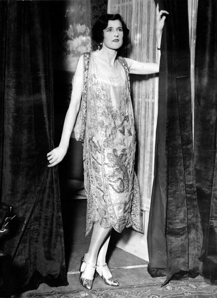 Photograph of Zena Dare (1887-1975) the English actress, who was christened Florence Hariette Zena Dones, pictured in 1925
