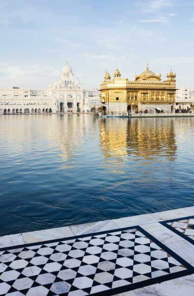 Harmandir Sahib (Golden Temple), Amritsar, Punjab, India, Asia
