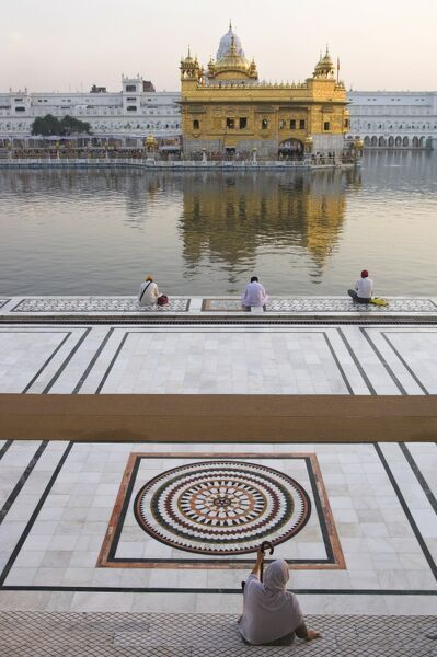 View from entrance gate of holy pool and Sikh temple, Golden Temple, Amritsar, Punjab state, India, Asia