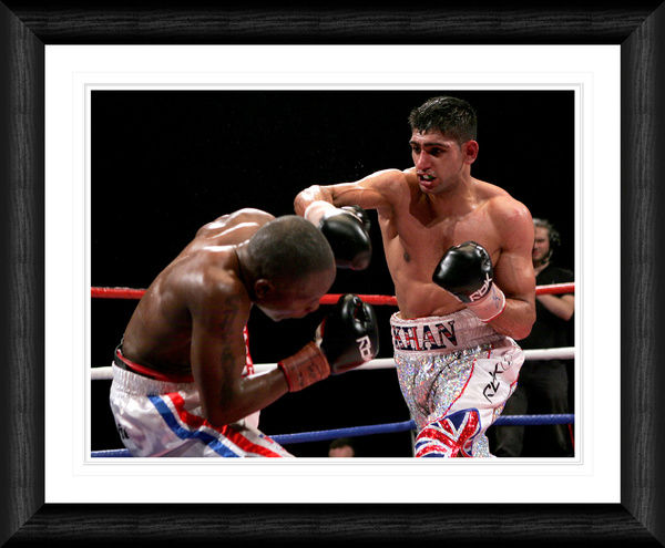 BOX011 - Amir Khan v Gairy St. Clair - Commonwealth Lightweight Title Fight 2008