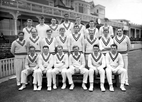 Cricket - Warwickshire county cricket club team - Photocall 1964  Back row : L to R. N. Abberley, W. Blenkiron, T. W. Cartwright, R. V. Webster, D. Amiss, T. M. Riley, D. R. Oakes.  Centre : K. Ibadulla, W. J. Stewart, B. A. Richardson, R. Miller, D