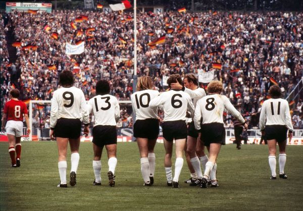 the west german team celebrate herbert wimmer 6 goal in the final of euro 72 photo prints. Black Bedroom Furniture Sets. Home Design Ideas