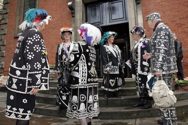 Pearly King and Queen second Harvest Festival, St. Paul's Church, Covent Garden. Pearly Kings and Queens attended the church service raising money for charity