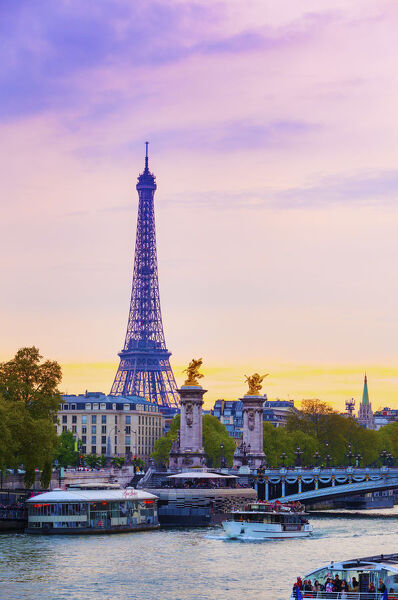 France, Paris, Eiffel Tower and River Seine at dusk