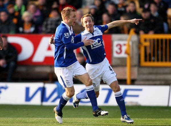 Birmingham City's Lee Bowyer (right) celebrates scoring the games opening goal