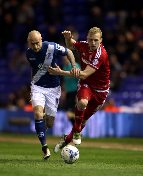 Birmingham City's David Cotterill (left) and Middlesbrough's Richie De Laet battle for the ball during the Sky Bet Championship match at St Andrew's, Birmingham. PRESS ASSOCIATION Photo. Picture date: Friday April 29, 2016. See PA story SOCCER Birmingham