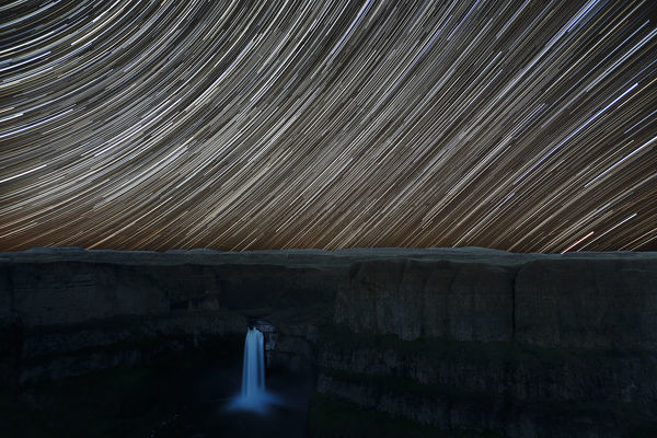 WA, Palouse Falls State Park, Palouse Falls, with star trail