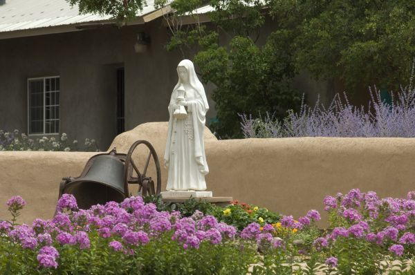 Saint Clare statue, St Francis of Assisi churchyard, Ranchos de Taos, New Mexico. Digital photograph