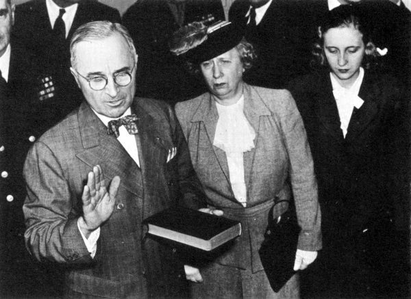 th efforts of president truman in avoiding the errors of the american past -- president harry s truman, 1945  the government had attempted to remove perceived threats to american society even stronger efforts were made after world war ii to root out communism within the united states  customers could avoid city shopping entirely.