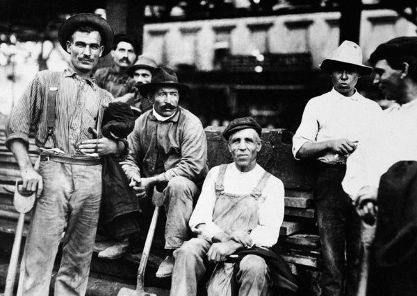 the immigrant labor in turn of the century america in out of this furnace by thomas bell Out of this furnace : a novel of immigrant labor in america is thomas bell's most compelling achievement its story of three generations of an immigrant slovak family -- the dobrejcaks -- still stands as a fresh and extraordinary accomplishment.