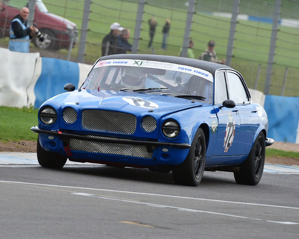 Guy Connew, Jaguar XJ6 S2, Jaguar Saloon and GT Championship, Classic Sports Car Club, CSCC, Late Summer race Meeting, Donington Park, Sunday, 4th September, 2016, circuit racing, cars, saloons, sports cars, motorsport, autosport, cars, racing competition