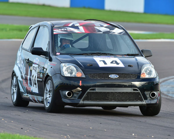 Steve Papworth, Ford Fiesta ST, Tin Tops, Classic Sports Car Club, CSCC, Late Summer race Meeting, Donington Park, Sunday, 4th September, 2016, circuit racing, cars, saloons, sports cars, motorsport, autosport, cars, racing competition, track