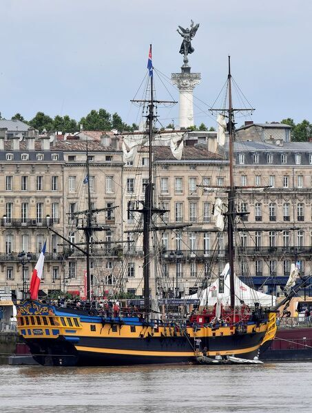 "A vessel replica of a 18th century British fregata, ""Etoile du Roy"" is moored at the Port de la Lune harbour in Bordeaux, western France on June 14, 2018, as part of the Tall Ships Regatta during the 10th edition of the biennial Bordeaux"