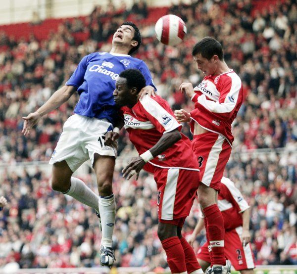 The Riverside Stadium - Tim Cahill of Everton in action against Andrew Taylor and Jason Euell of Middlesbrough
