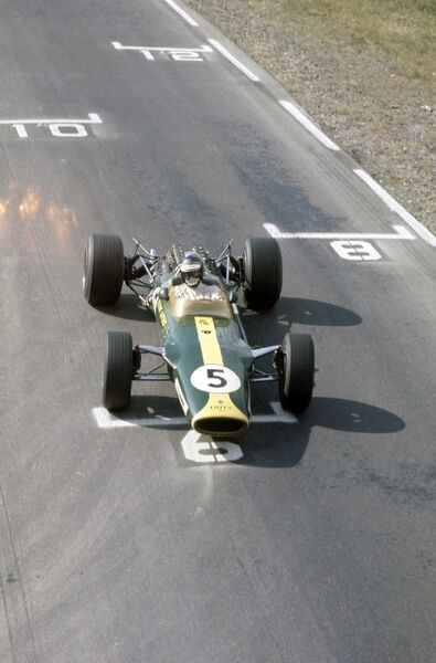 1967 United States Grand Prix. Watkins Glen, New York, USA. 29 September-1 October 1967. Jim Clark (Lotus 49-Ford Cosworth), 1st position. Ref: 35mm transparency 67USA30 World Copyright: LAT Photographic