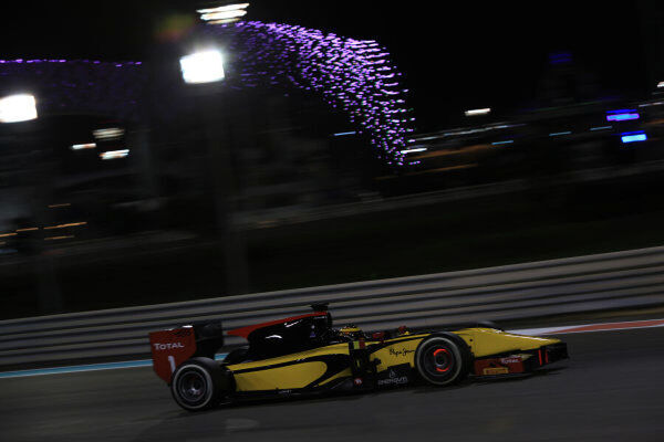 IMG 5840. 2013 GP2 Series Test 3. Yas Marina Circuit, Abu Dhabi, UAE.