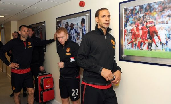 Paul Scholes of Manchester United in the tunnel before his final game with Ryan Giggs of Manchester United and Rio Ferdinand of Manchester United
