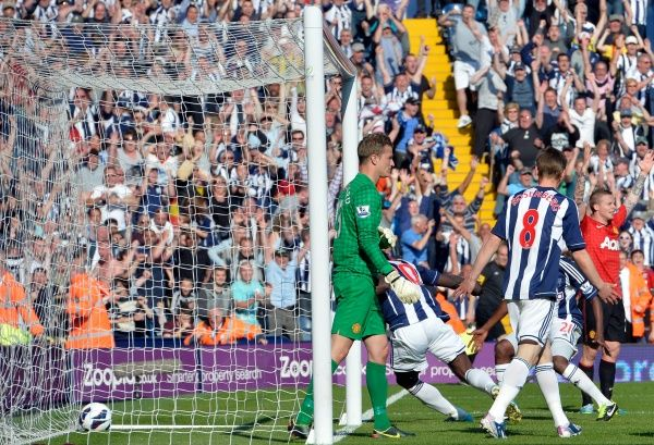 Romelu Lukaku of West Bromwich Albion scores to make the final result 5-5