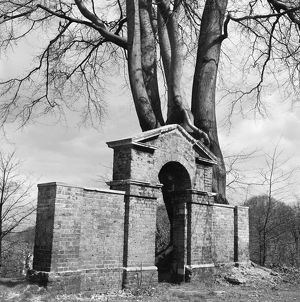 Classical Arch, Hampstead Heath AA072741
