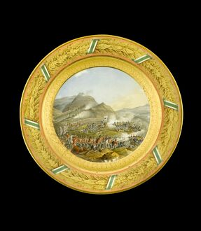 Dessert plate depicting the Battle of Fuentes d'Onoro N081119