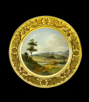 Dessert plate depicting Vimiero N081167