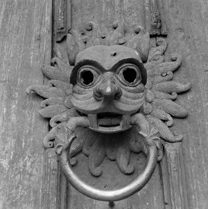 Durham Cathedral door knocker AA98_05177