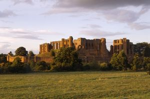 Kenilworth Castle K981291