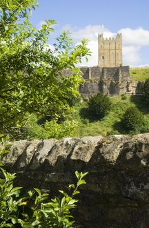 Richmond Castle N071477