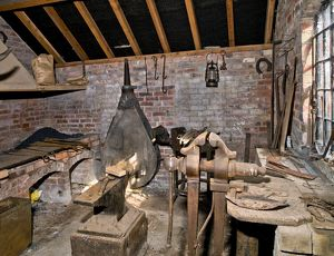 The smithy at Boscobel House N100719