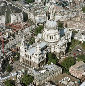 St Paul's Cathedral N020040