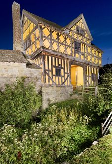 Stokesay Castle Gatehouse N080451