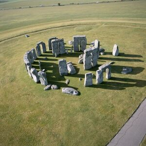 Stonehenge from the air K040315