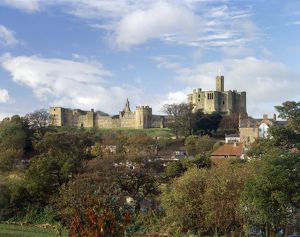 Warkworth Castle J060088
