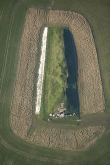 West Kennet Long Barrow N071891