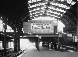 Paddington Station Booking Office, 1938
