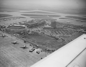 London Heathrow Airport, 1956