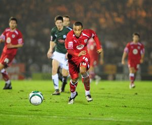 Nicky MAynard chases the ball