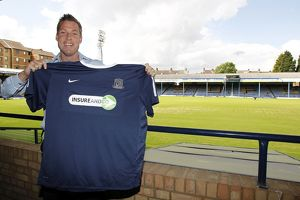 Neil Harris signs for Southend United - 09/06/11